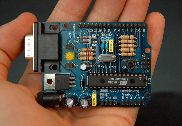 640px-Arduino316