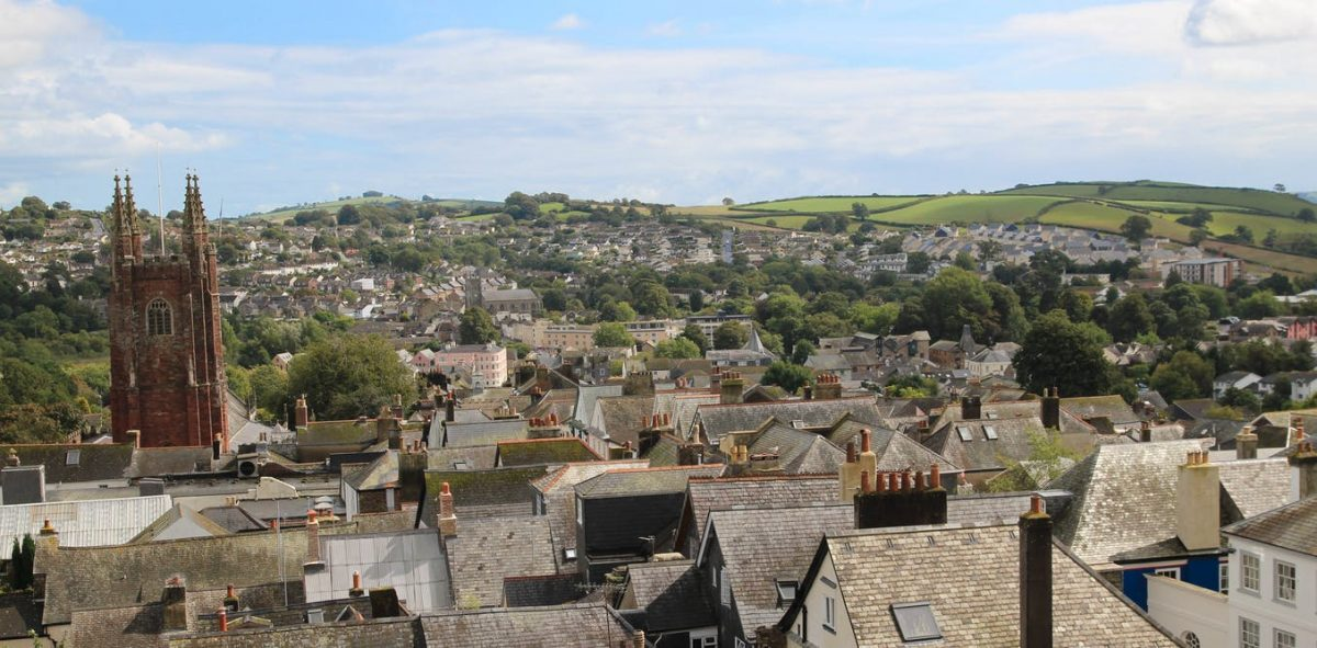 Demise of Totnes Pound won't Stop this English Town Pushing Back Against Austerity